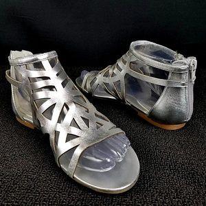 NINE WEST Delicacy Laser Cut Flat Sandals 7M NWOB